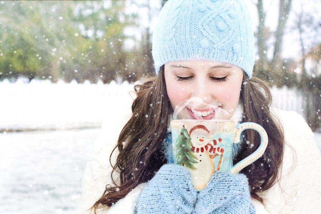 تصبح الليالي أكثر برودة وتبدأ جوارب الصوف في الظهور وكأنها فكرة مريحة. هذا هو الوقت المثالي للاحتفال بالجواهر الموسمية في الخريف!